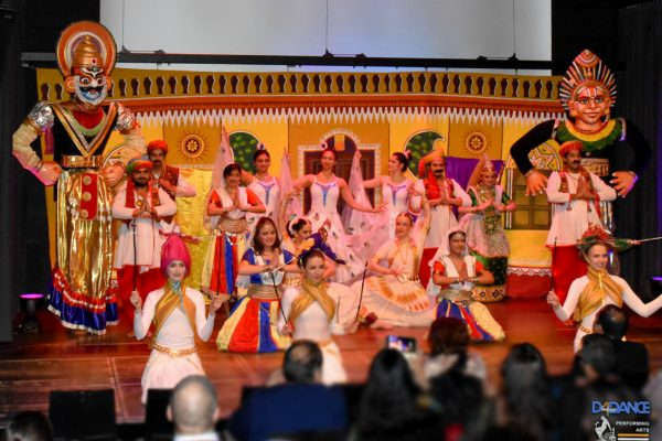 D4Dance Performing Arts-Performance-Folk-Bollywood-3